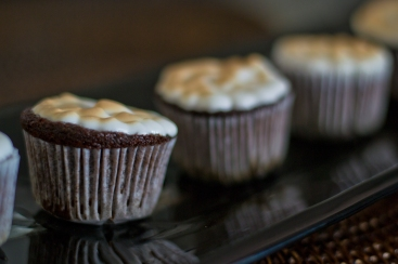 cupcakes de chocolate com nozes - detalhe